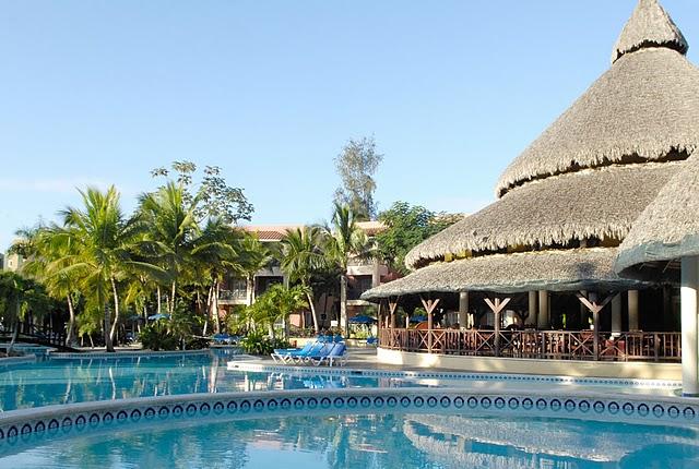 отель Hamaca Beach Resort