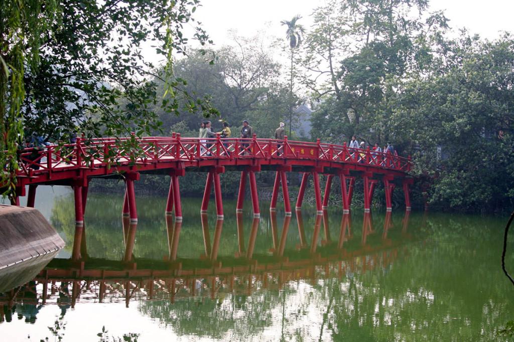 Туры во Вьетнам | Ханой. Озеро Возвращенного Меча | Турагентство Мультипасс | 8 (499) 653-6300