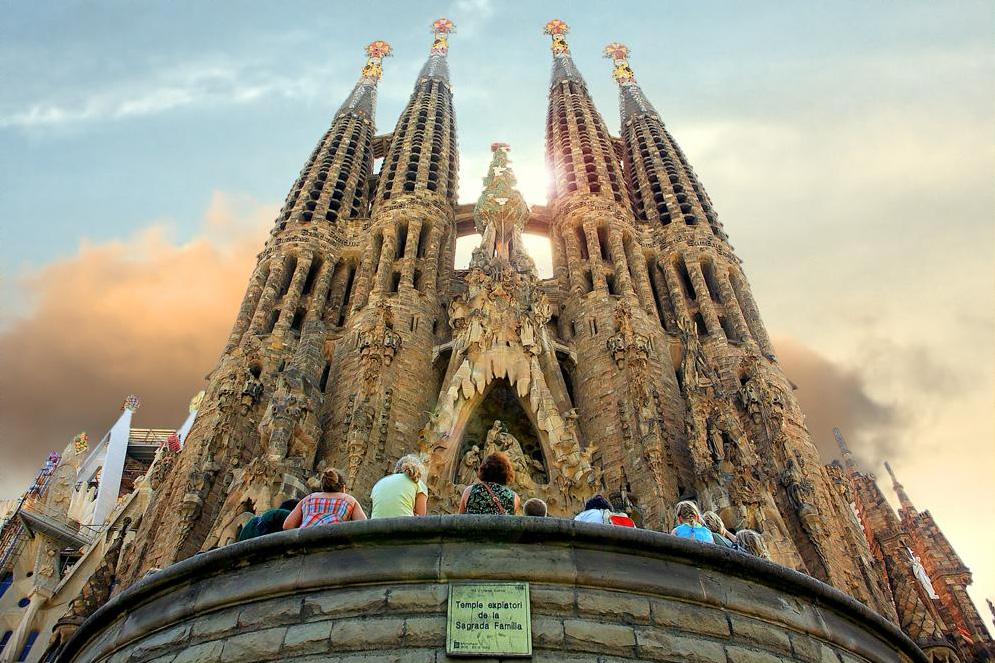 Туры на апрель в Барселону  | Турагентство Мультипасс | 8 (499) 653-6300