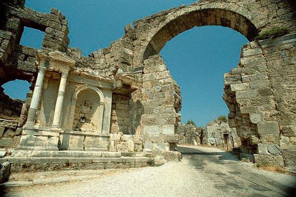 Туры в Сиде | Ворота Старого Города | Турагентство Мультипасс | 8 (499) 653-6300