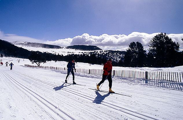 """Беговые лыжи  Натурландия (Андорра)   Туристическое агентство """"Мультипасс"""" 8 (499) 653-6300"""