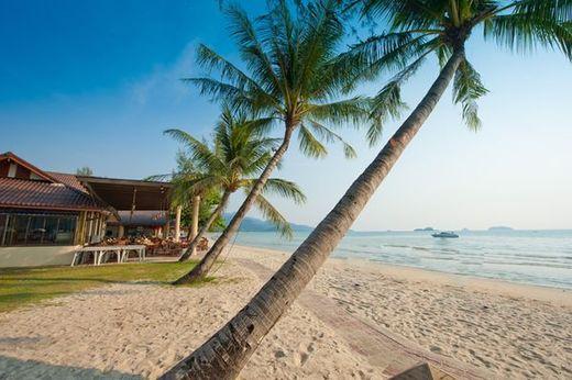 Пляж Klong Prao Beach   Остров Чанг   Туристическое агентство Мультипасс   (499) 653-6300