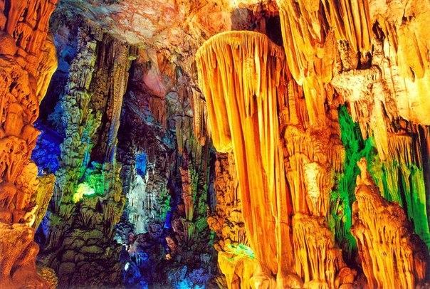 Пещера тростниковой флейты | Китай | Турагентство Мультипасс | 8 (499) 653-6300